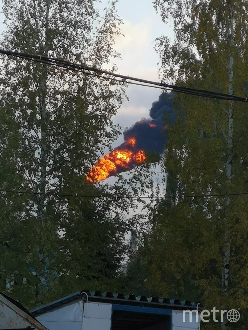 В Киришах ликвидировали пожар на нефтеперерабатывающем заводе. Фото ДТП и ЧП | Санкт-Петербург | Питер Онлайн | СПб, vk.com