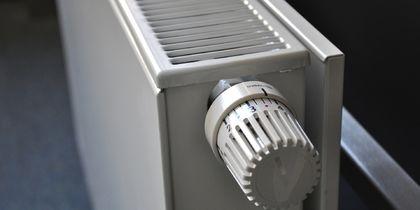 В Москве в жилых домах начали включать отопление