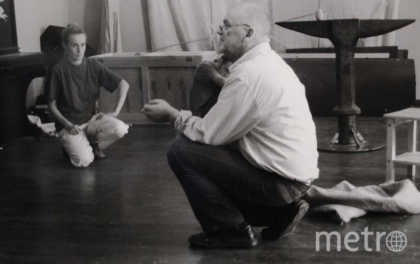 """Эймунтас Някрошюс во время репетиции одного из спектаклей. Фото """"Metro"""""""