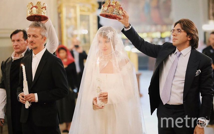 "Собчак и венчание. Фото https://www.instagram.com/p/B2w1_nMoWbM/, ""Metro"""