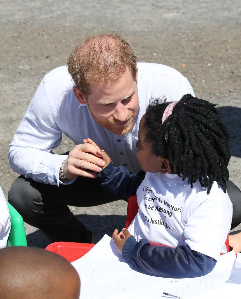 Принц Гарри в Африке. Фото Getty
