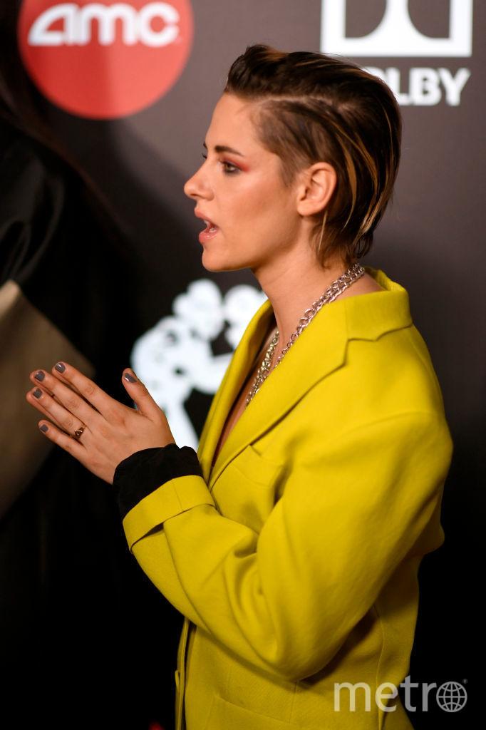 Кристен Стюарт пришла поддержать Элизабет Бэнкс. Фото Getty