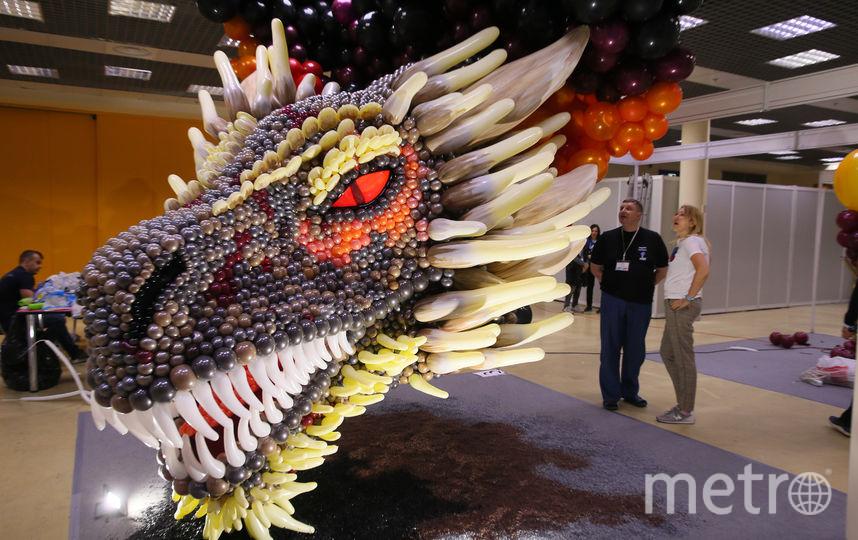 Скульптура Just like fire (англ. – «Прямо как огонь»). Этот дракон «позаимствован» из телесериала «Игра престолов». Фото Василий Кузьмичёнок