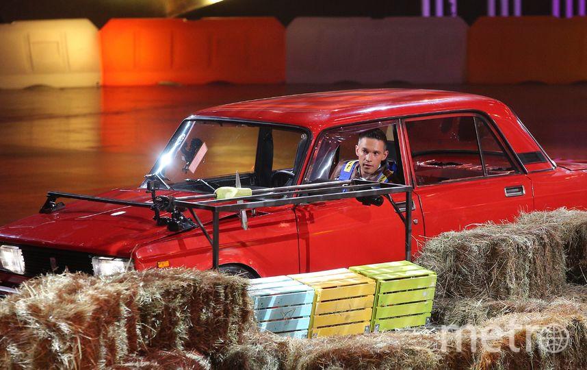 Впервые на российском телевидении непрофессиональные водители в возрасте от 20 до 80 лет пройдут испытания и продемонстрируют трюки, с которыми раньше могли справиться только опытные каскадёры. Фото предоставлено пресс-службой НТВ