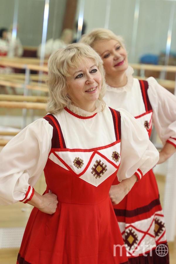 """Я тебе не бабушка, я – плясунья"". Фото Надежда Комарова (57 лет)., ""Metro"""