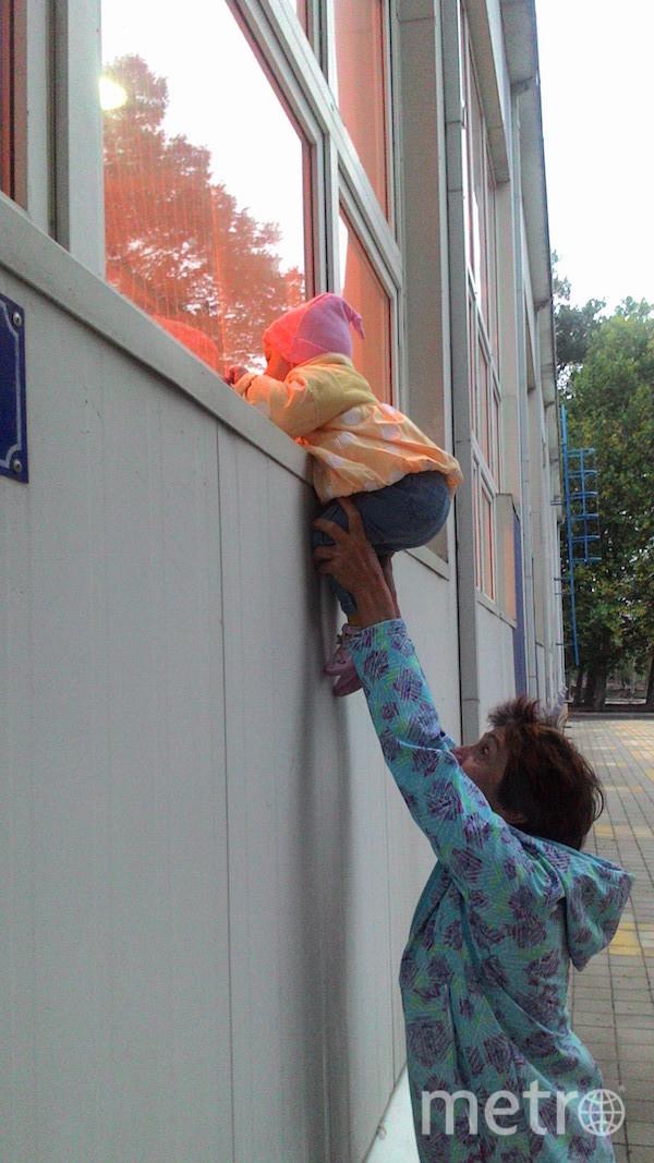 """Я тебе не бабушка, я – подъёмный кран"". Фото Евгения, ""Metro"""