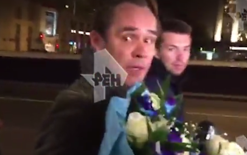 Максим Аверин сообщил, что ничего не делал на борту самолета и извиняться ни за что не намерен. Фото скриншот видео https://ren.tv/
