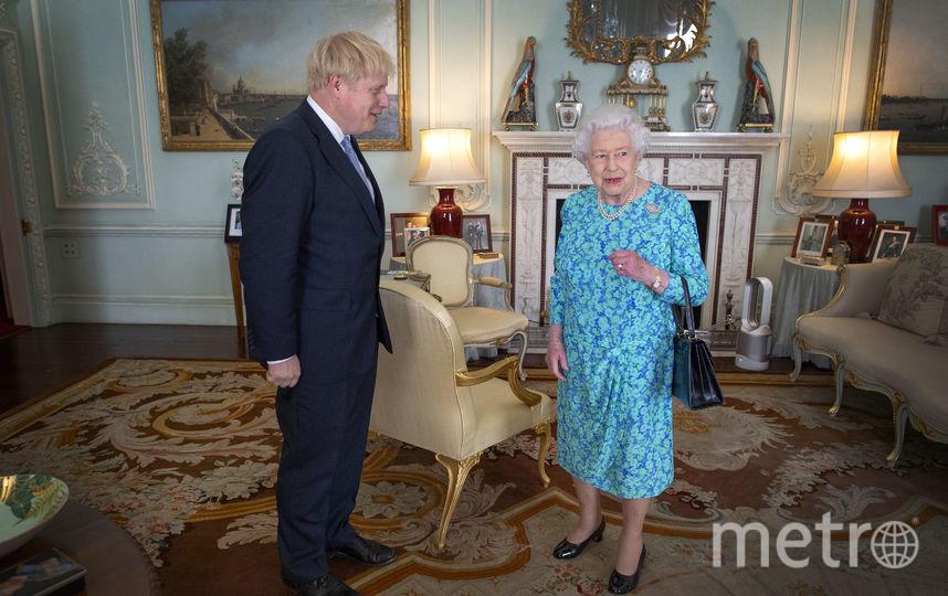 Королева Елизавета II и Борис Джонсон. Архивное фото. Фото AFP