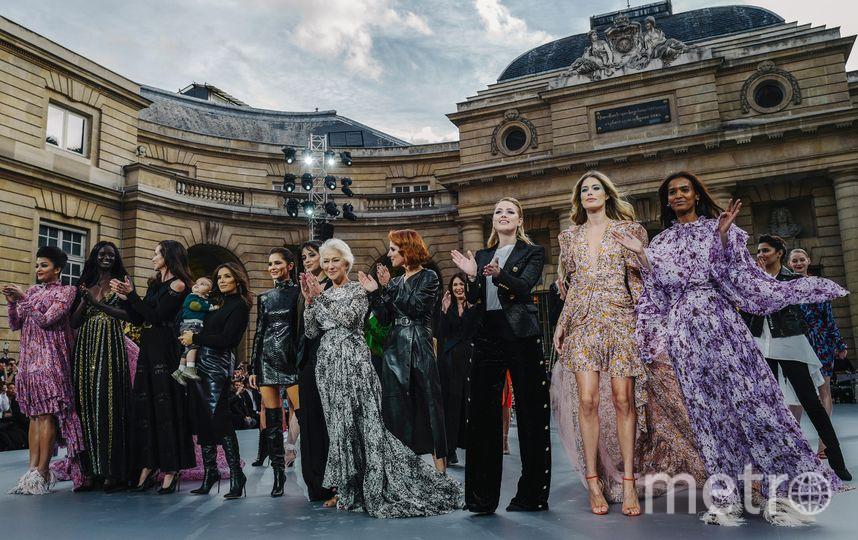 Показ L'Oreal в Париже. Фото AFP