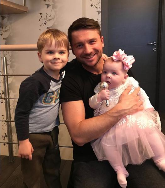 Сергей Лазарев с детьми. Фото instagram.com/lazarevsergey/?hl=ru