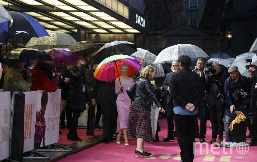 Рене Зеллвегер на европейской премьере биографической ленты. Фото Getty