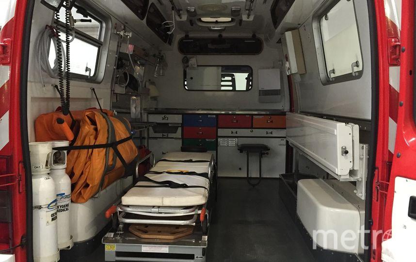 """Мужчина и двое детей упали с многоэтажки в Саратове: все трое погибли. Фото Pixabay.com, """"Metro"""""""