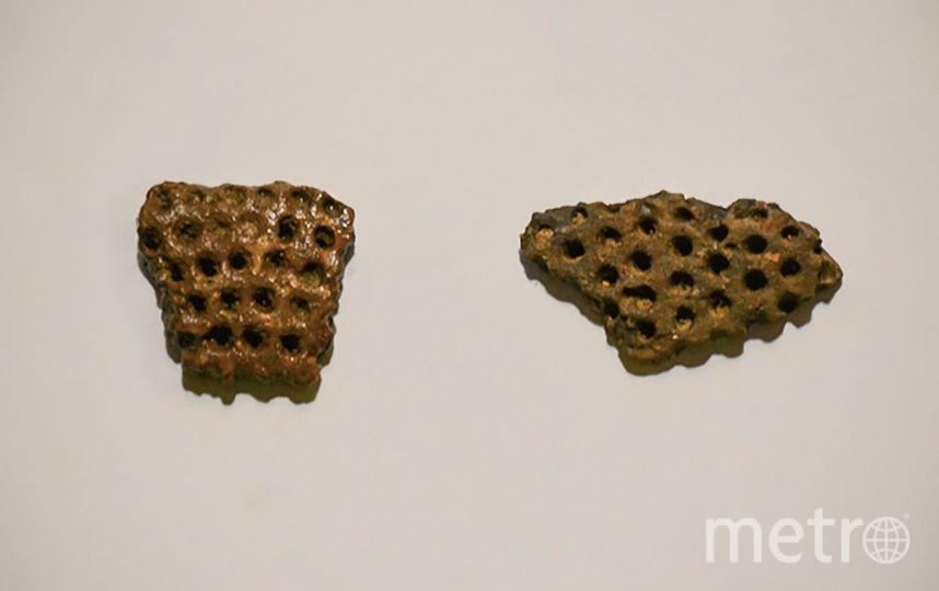 Черепки извлекли из раскопа глубиной четыре метра. Фото mos.ru
