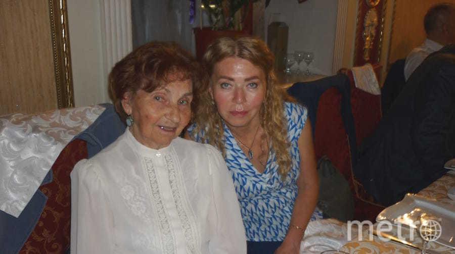 """Я тебе не бабушка и не прабабушка. Мы еще обе в деле и вот уже почти 20 лет вместе работаем в одной компании"""". Фото Ирина Белова, """"Metro"""""""