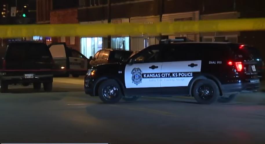 Инцидент произошёл в одном из баров города Канзас-Сити. Фото скриншот https://www.youtube.com/watch?v=Yx8r0QxcaX8, Скриншот Youtube