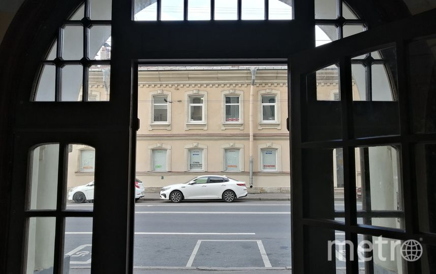 Вид из парадной. Фото mytndvor, vk.com