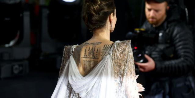 """Премьера """"Малефисенты"""" в Лондоне. Анджелина Джоли."""