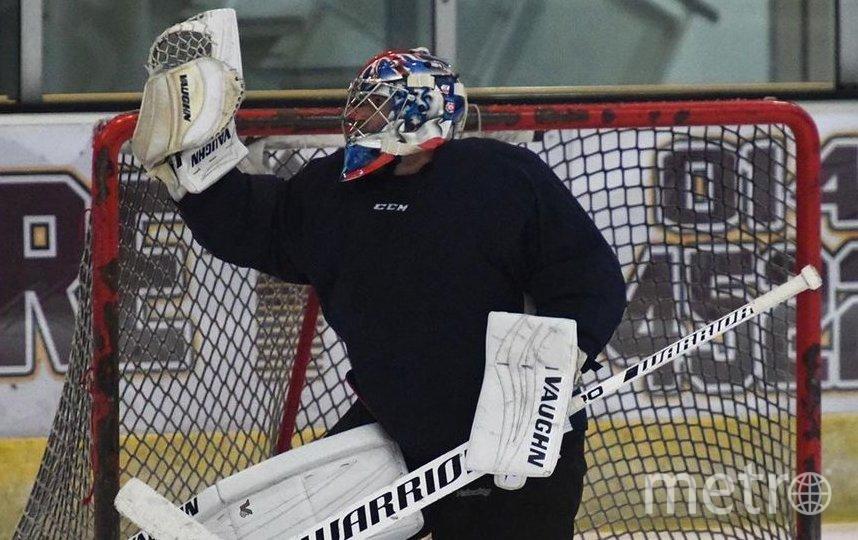 Теперь Чех будет защищать хоккейные ворота. Фото instagram.com @petrcech