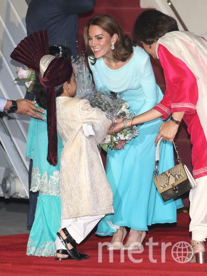 Кейт Миддлтон и принц Уильям прибыли в Исламабад в рамках своего первого официального визита в Пакистан. Фото Getty