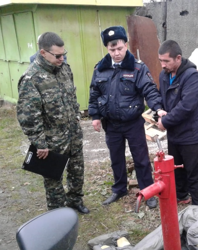 Кадры с месат преступления. Фото https://sverdlovsk.sledcom.ru/