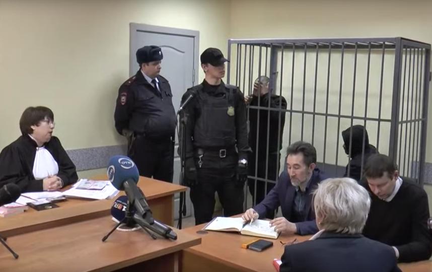 В Екатеринбурге обвиняемые в убийстве девушки из-за Audi заявили, что раскаиваются. Фото скриншот youtube.com/watch?v=b3ES0wrOGU0