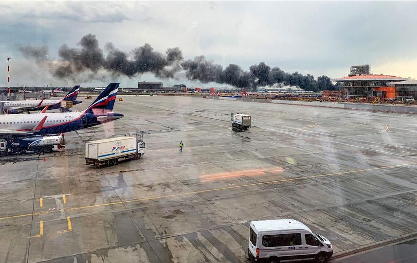 В СК назвали главную причину смерти большинства пассажиров сгоревшего в Шереметьево SSJ-100. Фото AFP