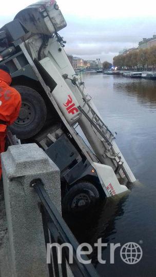 ДТП произошло 5 октября. Фото ДТП и ЧП | Санкт-Петербург | vk.com/spb_today., vk.com