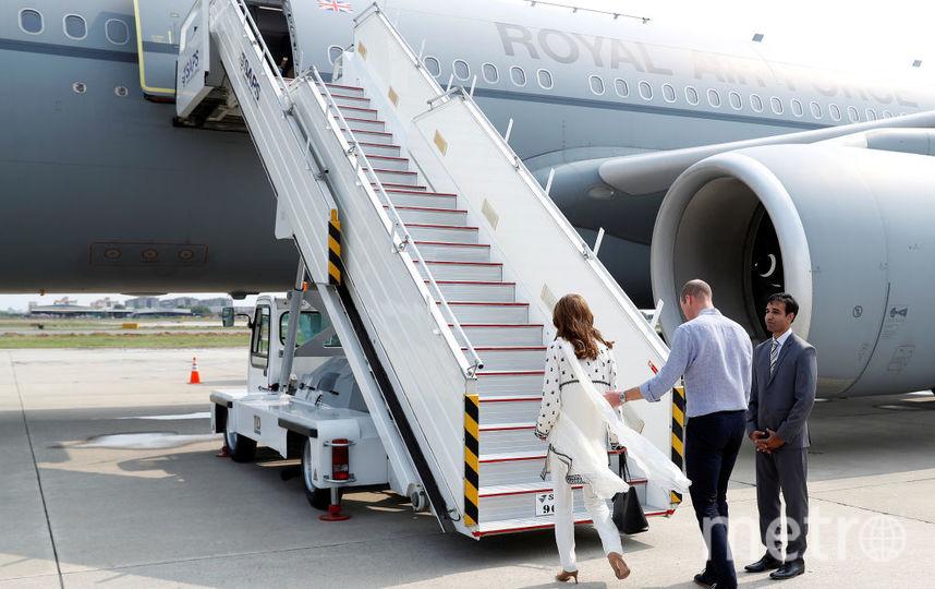 Уильям и Кейт отправились в Исламабад только утром. Самолет накануне пришлось развернуть из-за грозы. Фото Getty