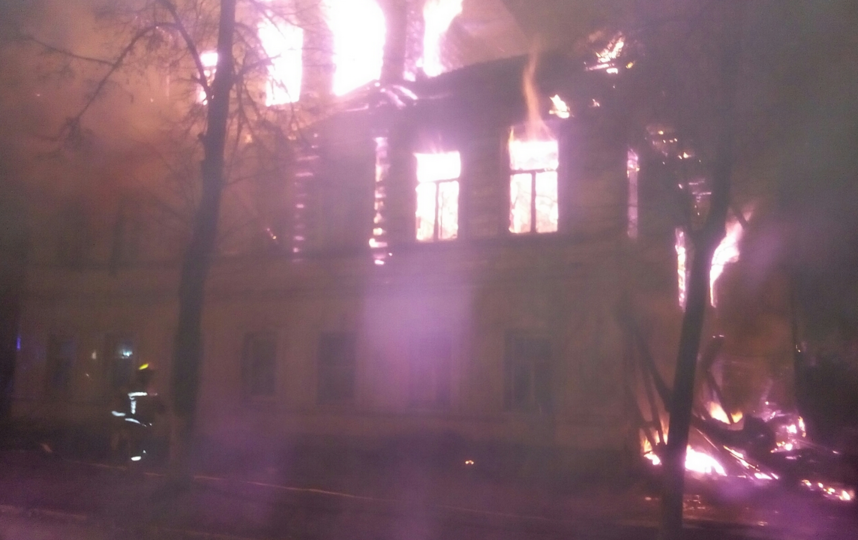 СК назвал поджог причиной пожара в жилом доме в Ярославской области. Фото yaroslavl.sledcom.ru