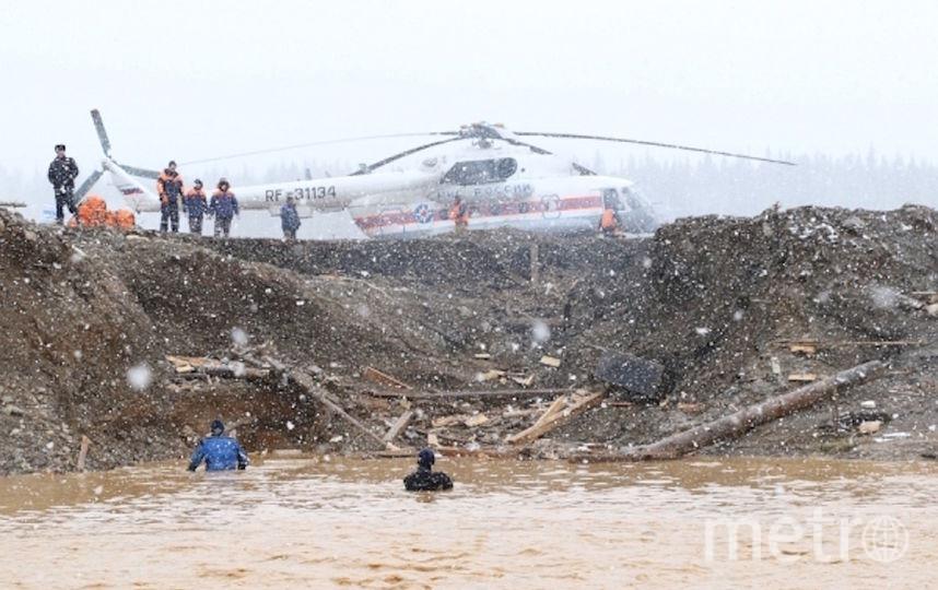 Число пострадавших при прорыве дамбы в Красноярском крае увеличилось. Фото РИА Новости
