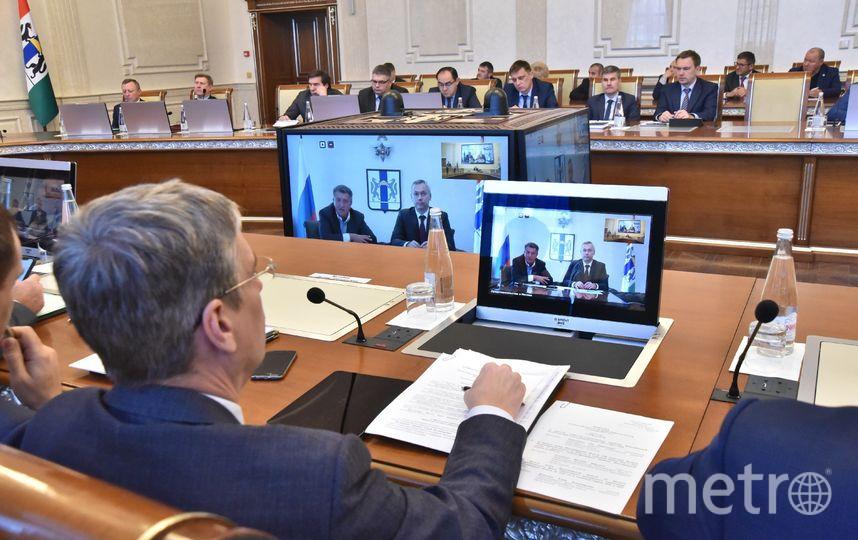 Андрей Травников акцентировал внимание на необходимости сохранения положительной динамики роста собственных доходов. Фото Правительство НСО