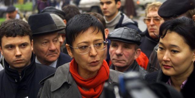 Ирина Хакамада в дни захвата театрального центра.
