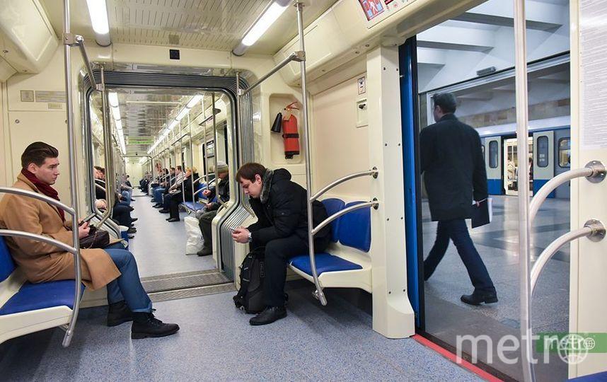 В Москве движение на серой ветке метро восстановлено. Фото Василий Кузьмичёнок