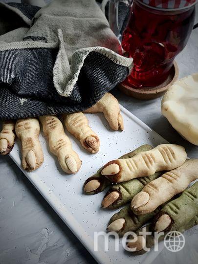 """Если решите удивить своих друзей на Хеллоуин, угостите их необычным тематическим десертом – печеньем в виде пальцев. Фото Екатерина Мокрякова., """"Metro"""""""