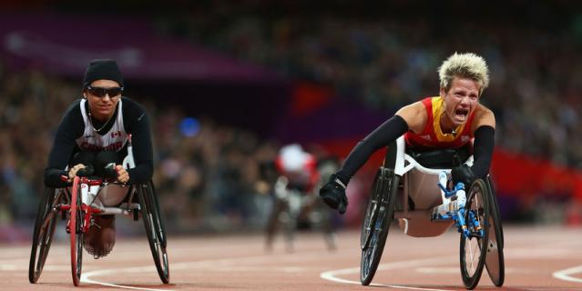 Марике ведёт борьбу за медаль.