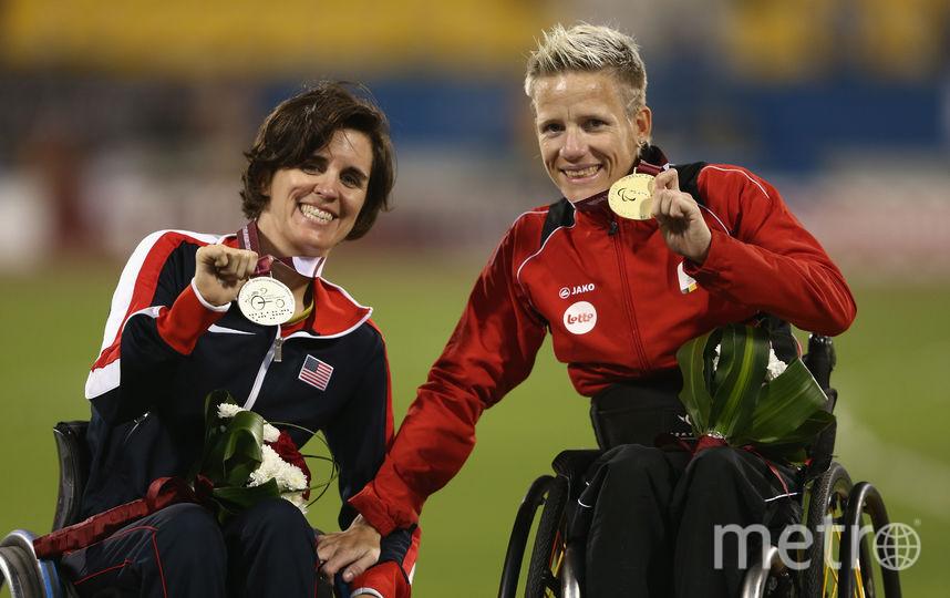 Марике с золотой медалью (справа). Фото Getty