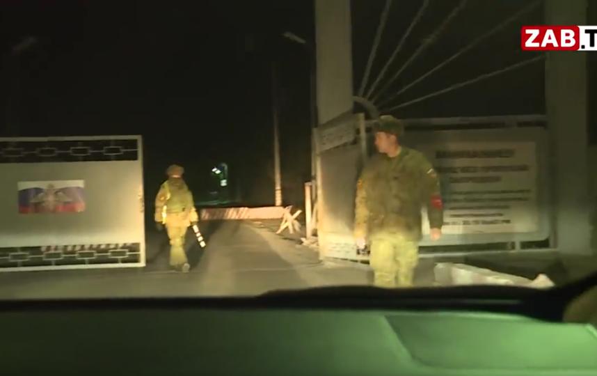 Стрельба в воинской части 54160  произошла вечером в пятницу, 25 октября. Фото скриншот: youtube.com/watch?v=eIg5BTF5h6s
