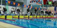 На чемпионате МВД в Челябинске участники плавали в бассейне в служебной форме