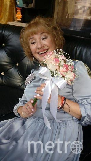 """Анна Масюк 56 лет. Я тебе не бабушка, а невеста)))))) 12 октября состоялась свадьба. Фото """"Metro"""""""