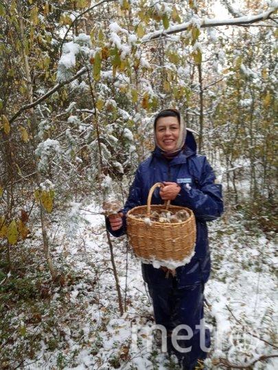 """Ирина 55 лет. В лес, по грибы, что может быть увлекательней, особенно по первому снегу.... Фото """"Metro"""""""
