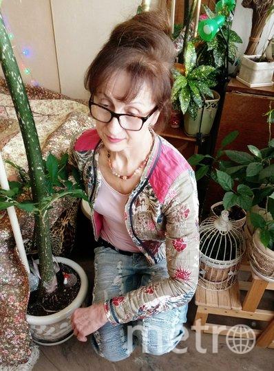 """Зовут меня Людмила Яковлевна. Мне 66 лет. Мне нравится одеваться стильно, но при этом стараюсь одеваться так, чтобы одежда соответствовала моему внутреннему миру. Слежу за современными тенденциями моды и всегда иду в ногу со временем. Фото """"Metro"""""""
