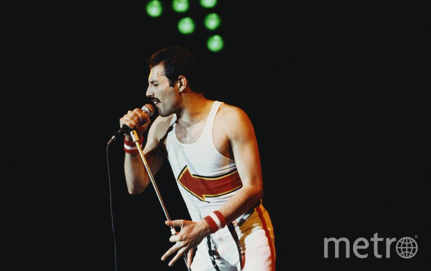 Фредди Меркьюри использовал каждый сантиметр сцены во время своих выступлений. Фото Getty