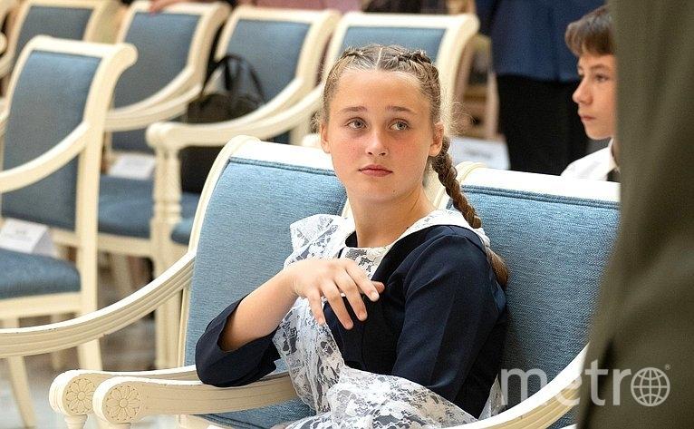 """Награждение, Лиза. Фото http://council.gov.ru/, """"Metro"""""""