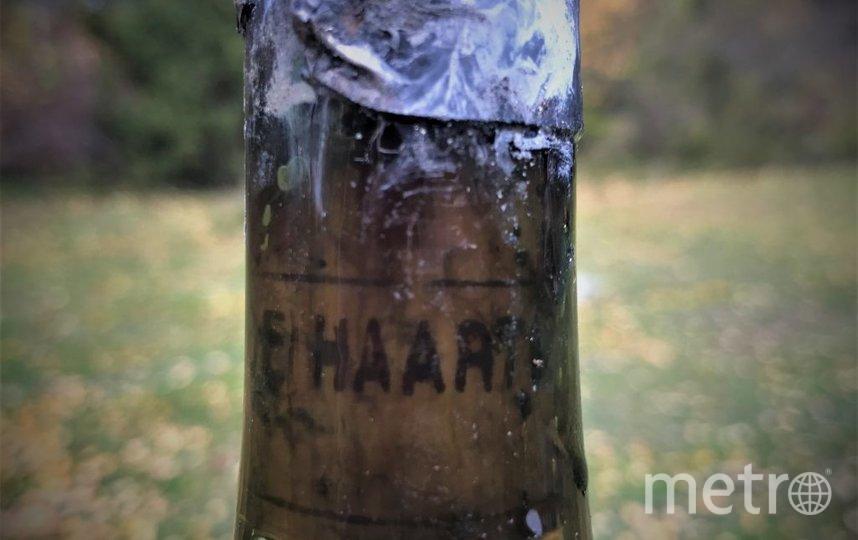 Шведские дайверы подняли со дна Балтийского моря 900 старинных бутылок редкого французского коньяка и ликера. Фото Emil Marczak