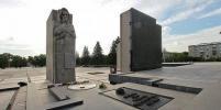 По улицам Новосибирска проедет БТР с Вечным огнём
