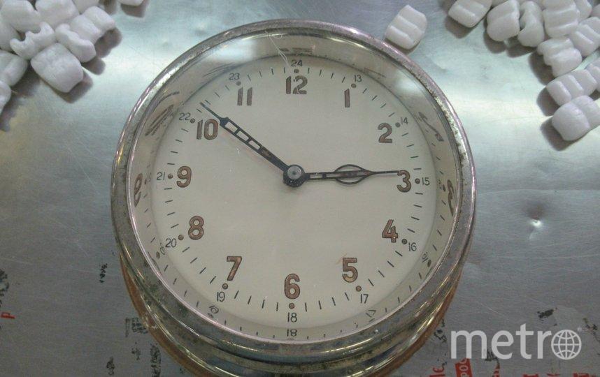 "Часы. Фото пресс-служба Пулковской таможни, ""Metro"""