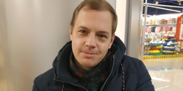 Александр, 33 года, инструктор по стрельбе.