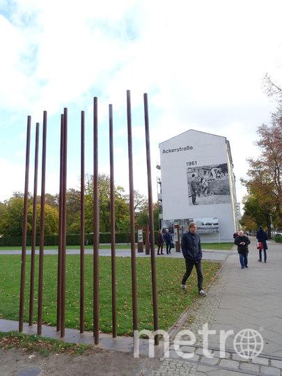 Мемориал Берлинской стены. Фото LAMOCHILANEGRA.COM
