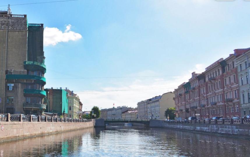 Поиск ведется в реке Мойке. Фото Яндекс.Панорамы