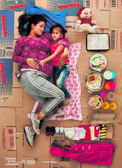 Йосайя уехала из Венесуэлы с дочерьми и на позднем сроке беременности. Фото Gregg Segal